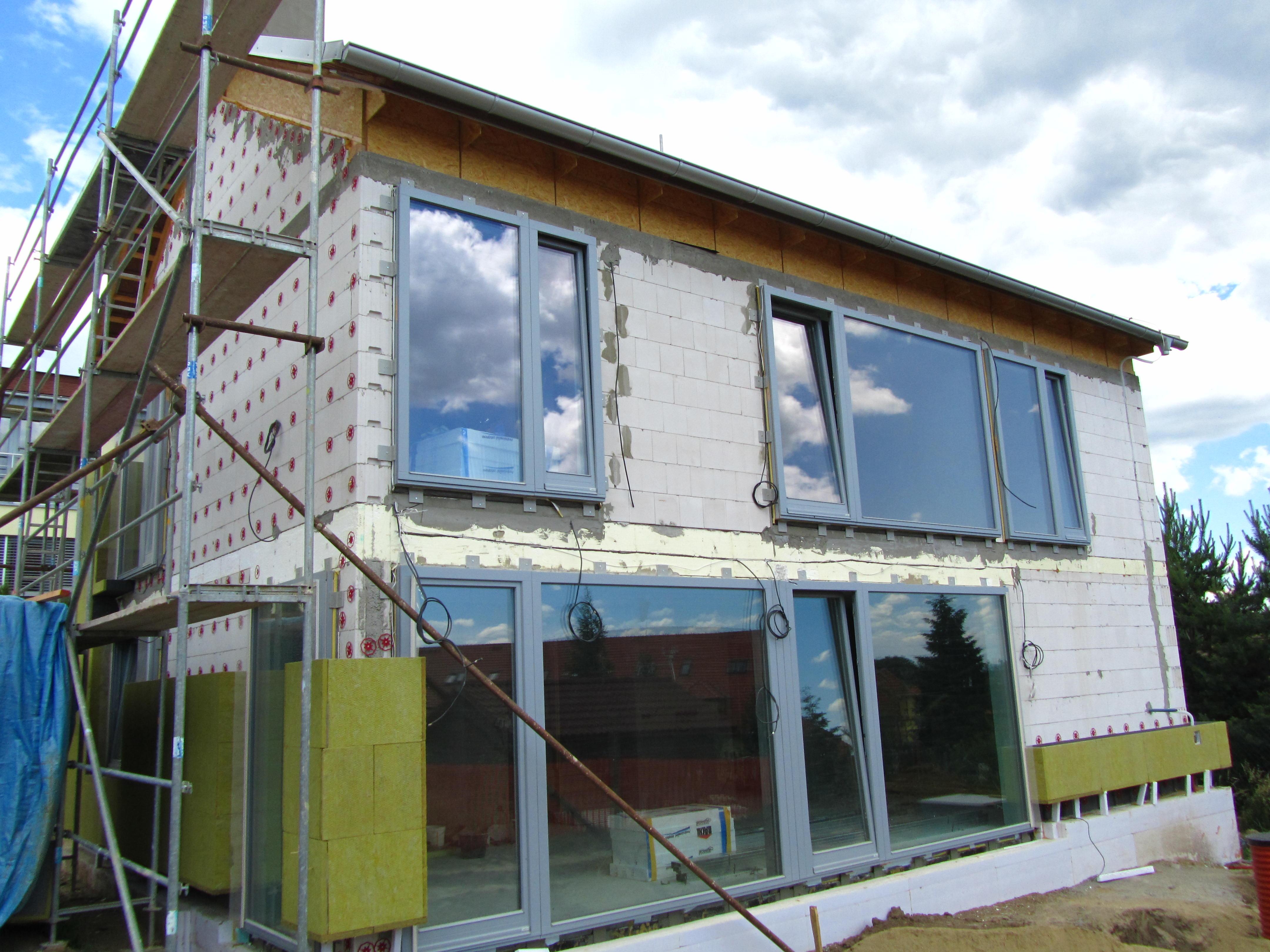 Kombinovaný izolant Isover Twinner pro úsporné rodinné i bytové domy