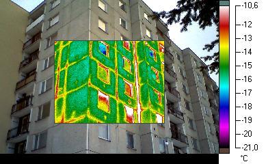 Infra snímek panelového domu